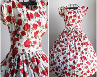 Vintage 1950s Red Rose Fit And Flare Dress / Connie Sage New Look Party Dress / 50s Sub Teens  Full Skirt Dress / Circle Skirt / Extra Small