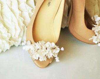 Bridal Shoe Clips , wedding shoe clips,Shoe Clips, rhinestone shoe clips, bridesmaid shoe clips, flower shoe clips