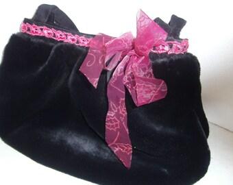 black faux-fur - black Balloonbag - handmade Bag - Womens Bag - Bag with Border - Bag with bow - Gift for her - Boho Bag