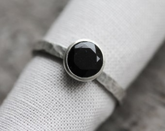 jet black AAA onyx gemstone ring. sterling silver stacker. natural faceted gem jewelry. solitaire stacking ring. (poe's raven. ring.)