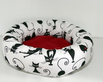 Bunny Snuggle Bed, Guinea Pig Cuddle Cup, Rat Roll Cosy - Kitties with Red Hearts