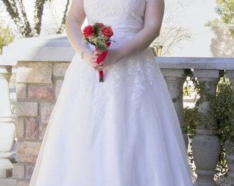 Anne Modest Wedding Dress - Custom Made Wedding Dress - Wedding Dress with Sleeves - Lace Wedding Dress - Modest Bride - LDS Wedding Dress