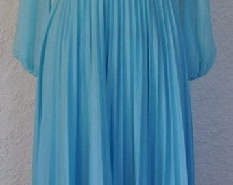Vintage blue Pleated Dress. 1970s dress. Floor length gown.