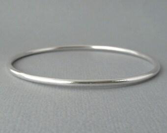 Sterling Silver Bracelet, Bangle round.