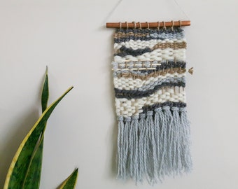 woven Wall Hanging // Hand woven Grey, White and Jute - weaving, tapestry, fringed, wall art, loom weaving