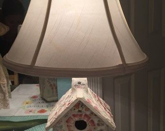 Shabby Chic Birdhouse Lamp