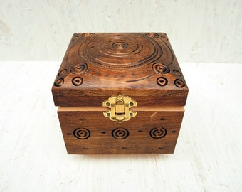 Engraved Wooden Box - Handmade Carved Box - Jewelry box