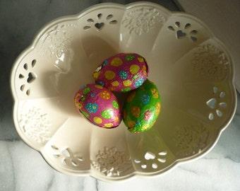 Vintage Marks and Spencer Florentine c1995 cream ware hearts bowl