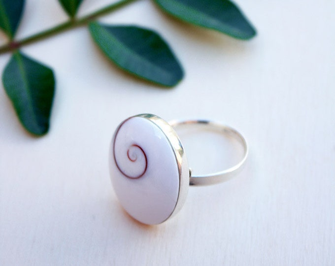 Shiva eye shell ring / silver shiva eye shell ring / shiva ring / sterling silver ring / gift for women / womens gift / birthday gift /