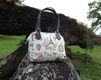 10% OFF Romantic Paris Shoulder Bag Frame Bag