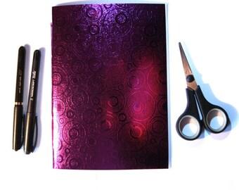 Book 15 x 21 cm Shiny Textured (24 pages) purple circle - LaPaperette