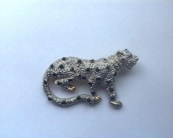 1980s Dectoractive Leopard Metal Brooch