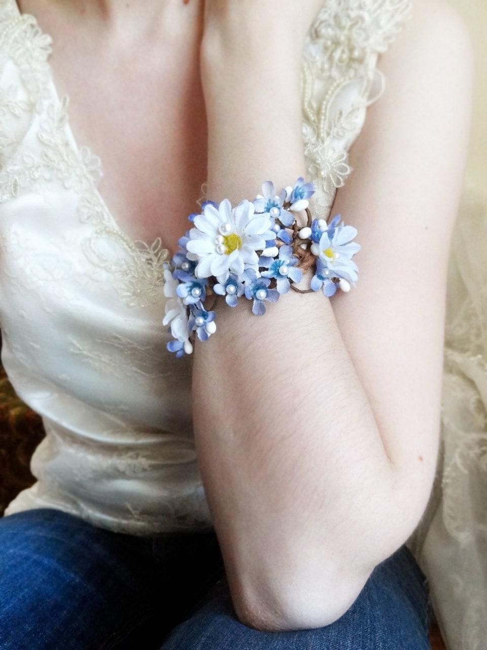 Daisy Corsage Bracelet Wrist Corsage Floral Bracelet Bridal