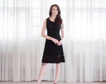 70s Crocheted Dress - Vintage 1970s Sweater Dress - Continental Shift Dress