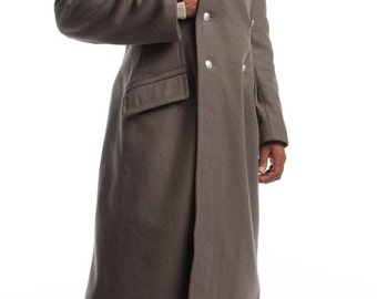 1970's MILITARY STYLE VINTAGE East German Black Collar Gray Army Wool Winter Overcoat / Coat (Unissued to Excellent Condition)