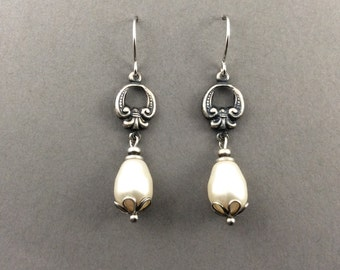 Pearl earrings, classic silver earrings, classic earrings, bridesmaids gifts, wedding earrings, teardrop pearl