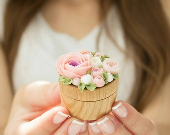 TO ORDER ONLY Pink White Rose Flower Ring Box Wooden Round Decorated Engagement Ring Holder Ring Case Wedding Bridal Enagagement Decor Gifts