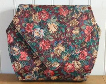 Vintage 1970's Floral Tapestry Shoulder Bag Purse