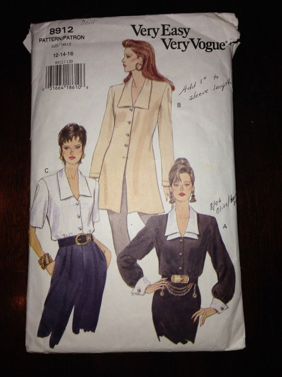 Very Easy Very Vogue 8912 Sewing Pattern 1990s Misses Blouse and Tunic Size 12-14-16