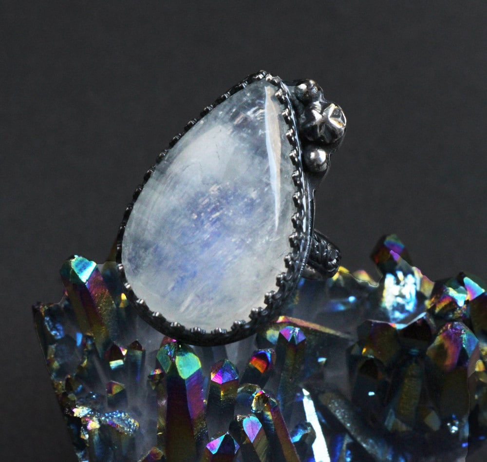 moonstone rings with stars - photo #10