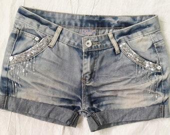 Vintage Cut off Jean Shorts / Vintage Denim Shorts Women 29 Waist