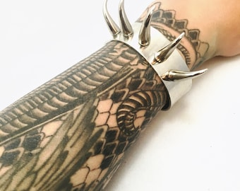 Silver Cat Claw Cuff, Cat Claw Bracelet, Metal Cuff with Spikes