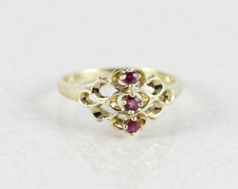 Ruby 10k Yellow Gold Ring Size 6