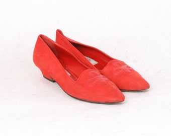 BALLY Womens 9.5 RED Suede Leather Slip On Pointy Toe Designer 80s Evening Flats Vintage Loafers AU Size 8 Made In Italy Shoes