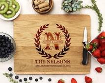 Personalized Cutting board, Olive Branch Wreath Cutting Board, Wreath Cutting Board, Custom Engraved White Oak --21036-CUTB-004