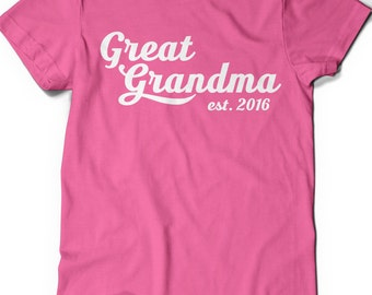 Great Grandma T-Shirt T Shirt Tee Mens Funny Humor Gift Present Grammy Grandmom Grandmother Baby Shower Pregnancy Reveal Birth Mom-MOM