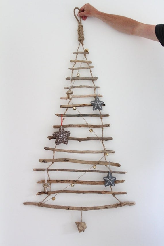 hanging driftwood christmas tree driftwood christmas tree. Black Bedroom Furniture Sets. Home Design Ideas