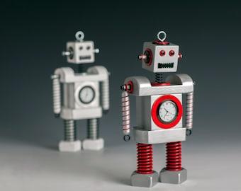 Robot Bobblehead Clock Silver