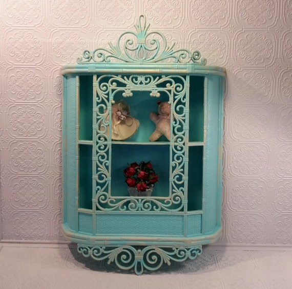 Turquoise Shabby Chic Bedrooms: Turquoise Shabby Chic Curio Cottage Shabby Curio Wall Curio