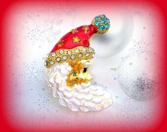 GIFTS UNDER 5 DOLLARS..Santa Pin..Santa Face Pin..Santa Hat Pin..Santa Claus Pin..Santa Claus Brooch..Vintage Christmas Pin Christmas Brooch