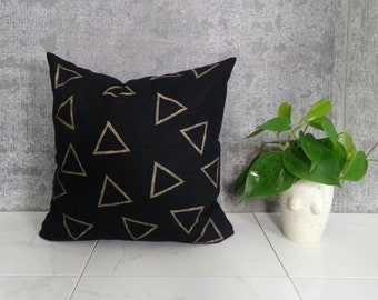 Black Linen Pillow Cover with Beige Triangle Design / Black Gold Geometric Natural Triangle Outlines Block Printed Textile Shapes Dark Linen