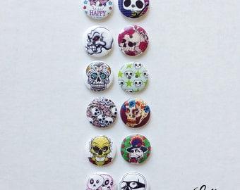 12 skull skeleton buttons wood - WB105