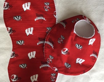 Wisconsin Badger bib and burp set