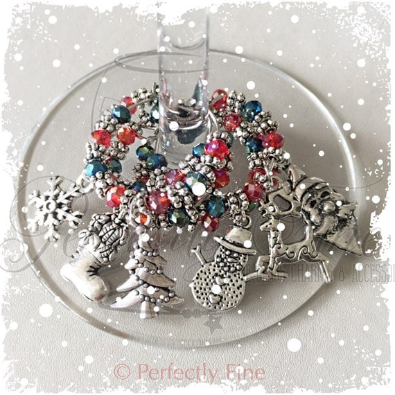 Christmas Table Decor ~ Christmas Wine Glass Charms ~ Christmas Entertaining ~ Wine Prosecco Accessory ~ Hostess Gift ~ Unique Wine Gift