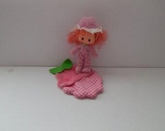 Vintage Strawberry Shortcake Sweet Sleeper Doll Raspberry Tart Kenner 1980s