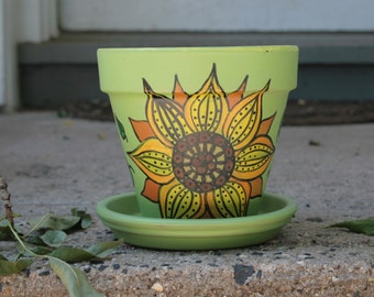 Sunflower Mandala (Hand painted Pot)