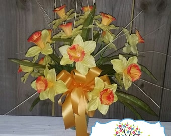 Cemetary Vase Arrangement - Daffodils