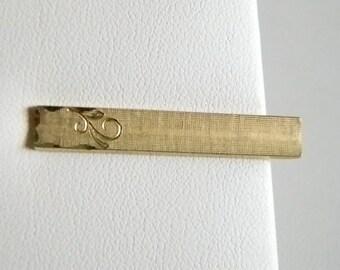 Men's SWANK Satin Gold Tone Etched Tie Clip Bar