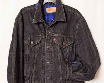 XL Levi Strauss & Co Black Jean Jacket with Blue Plaid Flannel Lining, Mens Black Jean Levi Insulated Jacket with Blue Flannel Lining