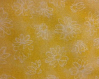 4 yds Yellow daisy wide fabric