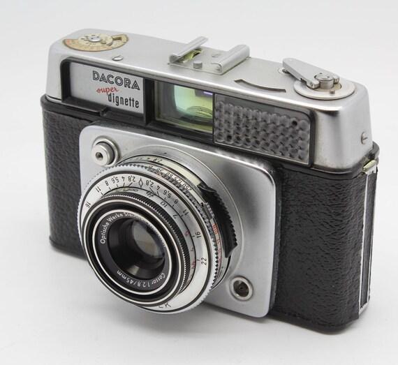 Dacora Super Dignette 35mm Viewfinder Camera with case c.1962
