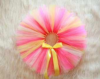 Pink lemonade tutu. Lemonade tutu. You are my sunshine.Pink and yellow skirt.First birthday outfit. Summer birthday outfit. Baby girl skirt.