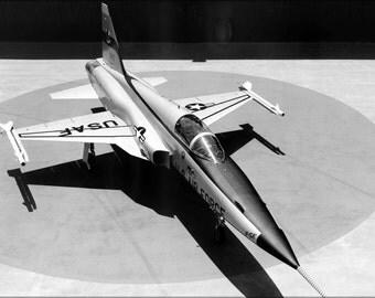 24x36 Poster . Northrop Corporation F-5 E Tiger Ii 1972
