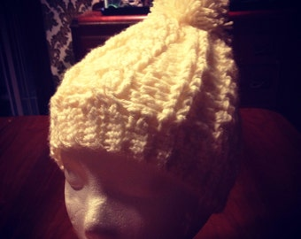 Gorgeous cabel stitch beanie!!