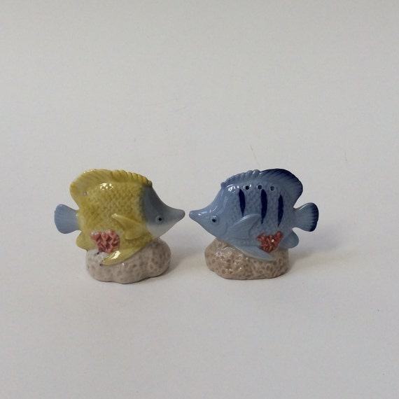 Items similar to angel fish salt pepper shakers fish for Fish salt and pepper shakers