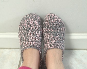Crochet House Slippers - Light Pink/Grey